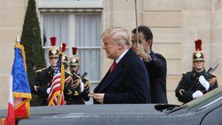 Le président américain, Donald Trump, arrive à l'Elysée, le 10 novembre 2018. (LUDOVIC MARIN / AFP)