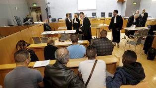 """Le procès des """"Emeutes de Moirans"""" (Isère) au palais de Justice de Grenoble, le 19 septembre 2016. (MAXPPP)"""