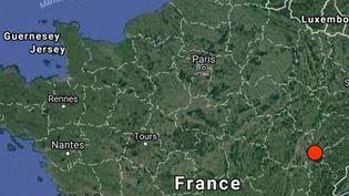 Un tremblement de terre de magnitude 3,8 a été enregistré ce samedi matin à 10h, dans le Jura, selon le Réseau National de Surveillance Sismique. (RENASS/ TERRAMETRICS)