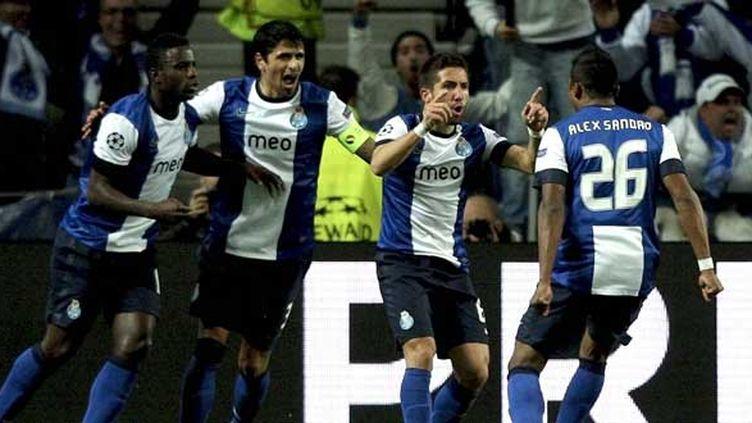 Porto et Joao Moutinho célèbrent leur but
