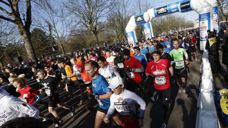 La 22e édition du semi-marathon de Paris, le 2 mars 2014 (photo d'illustration). (THOMAS SAMSON / AFP)