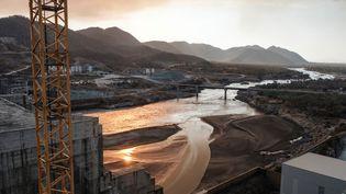 Une vue du Nil Bleu, au niveau du futur Grand barrage éthiopien de la Renaissance. D'une capacité de 6000 mégawatts, il va permettre à la population et aux entreprises du pays d'accéder à l'électricité. (EDUARDO SOTERAS / AFP)