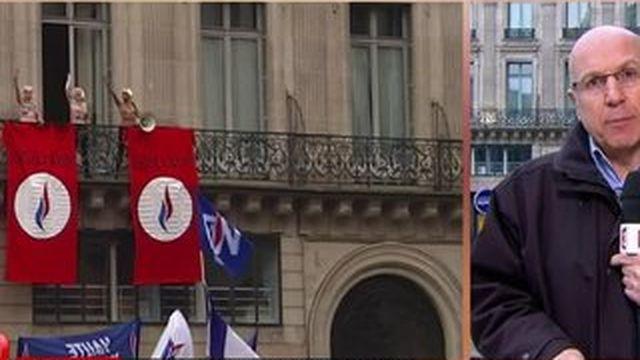 Les Femen s'invitent au discours de Marine Le Pen