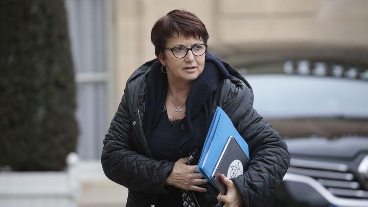 """Christiane Lambert, la patronne de la FNSEA, affirme comprendre """"le désarroi et les larmes"""" des agriculteurs touchés par les intempéries dans la Drôme/ (LUDOVIC MARIN / AFP)"""