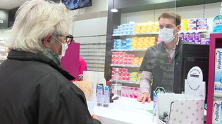 Des pharmacies déjà à court de vaccins contre la grippe (FRANCE 3)
