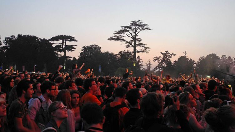 Le public a apprécié la variété des concerts, ici devant Bloc Party  (Clément Martel / Culturebox)