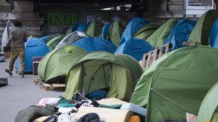 Le campement de La Chapelle, à Paris, le 2 juin 2015, juste après son évacuation par les forces de l'ordre. (JOEL SAGET / AFP)