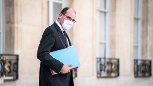 Le Premier ministre, Jean Castex, quitte l'Elysée, à Paris, le 16 septembre 2020. (XOS? BOUZAS / HANS LUCAS / AFP)