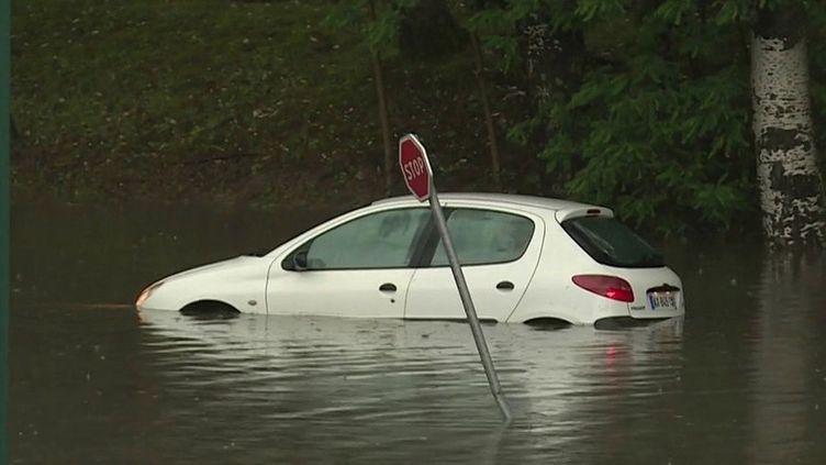 Intempéries à Reims : deux mois de précipitations en quelques heures (France 2)