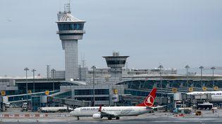 L'aéroport d'Istanbul (Turquie), le 13 février 2016. (MURAD SEZER / REUTERS)