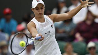 La numéro un mondiale,Ashleigh Barty, ici lors de Wimbledon 2019. (ADRIAN DENNIS / AFP)