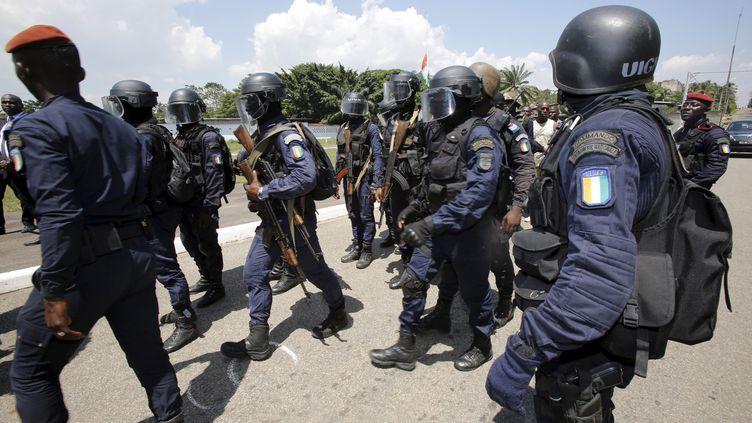 Des membres des forces spéciales ivoiriennes en entraînement à Abidjan, le 1er mars 2016. Des renforts ont été déployés à la frontière avec le Burkina, depuis l'attaque terroriste du 11 juin 2020. (THIERRY GOUEGNON / X01735)