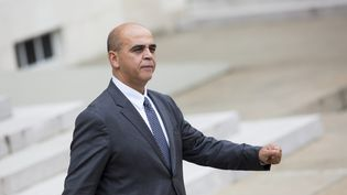 Paris, France le 22 octobre 2014 - Sortie du conseil des ministres de Kader Arif, secrétaire d Etat aux Anciens combattants et a la Mémoire (  MAXPPP)