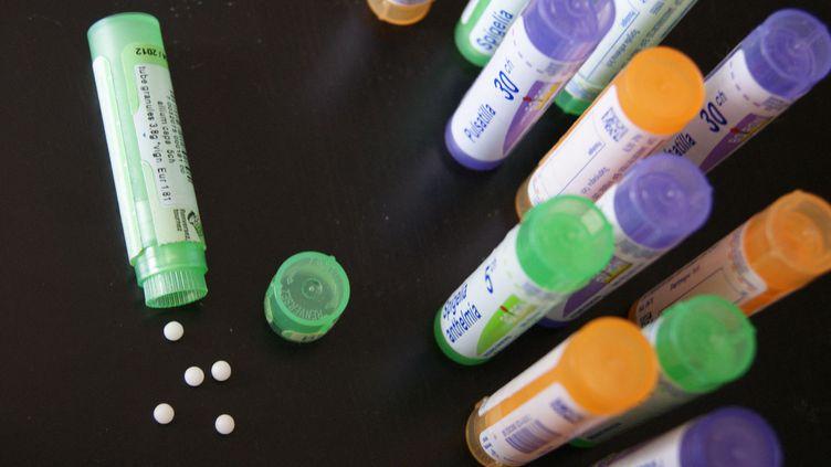 Pour l'instant, les médicaments homéopathiques sont remboursés à hauteur de 30% par la Sécurité sociale (STÉPHANIE BERLU / RADIO FRANCE)