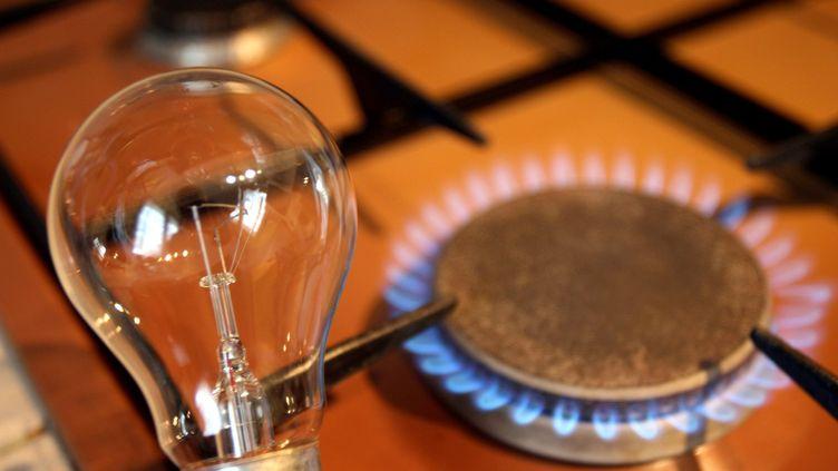 87% des ménages sont restés au tarifs réglementés, décidés par les pouvoirs publics, chez EDF. Pour le gaz, 65% sont toujours clients chez Engie. (MAXPPP)