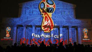 La Fifa a confirmé, le 13 novembre 2014, l'attribution des Mondiaux 2018 et 2022 à la Russie et au Qatar. (MAXIM SHEMETOV / REUTERS)