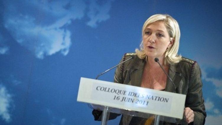 Marine Le Pen prononce un discours le 16 juin 2011 à Paris, lors d'un colloque sur la sécurité. (AFP - Lionel Bonaventure)