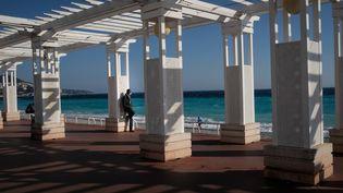 La promenade des Anglais à Nice, le 21 février 2021. (LAURENCE KOURCIA / HANS LUCAS / AFP)