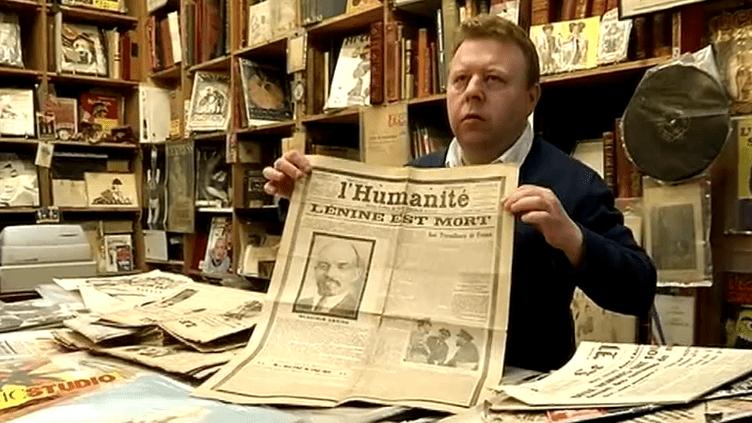 Jacques Kuzma, le propriétaire de La Galcante, une librairie créée voilà près de quarante ans par un passionné de journaux anciens  (France 3 Culturebox)