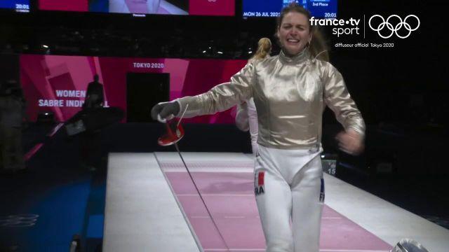 Manon Brunet obtient la médaille de bronze du sabre en dominant la Hongroise Anna Marton (15-6) et prend sa revanche après sa quatrième place aux Jeux olympiques de Rio en 2016.