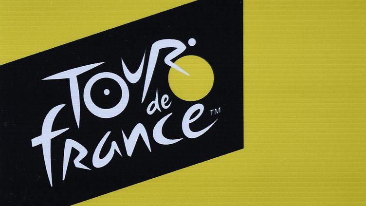 Le logo du Tour de France, lors de la 106e édition, le 3 juillet 2019. (JEFF PACHOUD / AFP)
