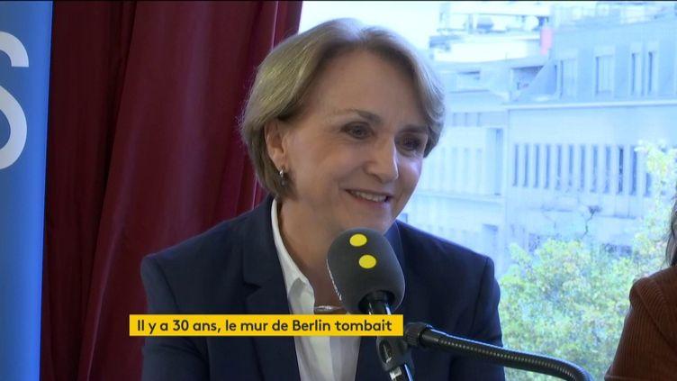 L'ambassadrice de France en Allemagne, Anne-Marie Descôtes, sur franceinfo vendredi 8 novembre. (FRANCEINFO / RADIOFRANCE)