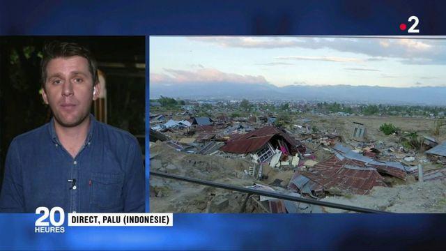 Tsunami en Indonésie : les villes sont coupées du monde