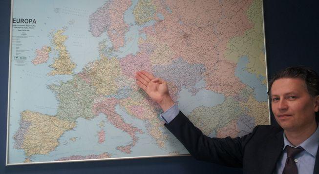 (Sebastian Szlegel, l'un des directeurs de Polfrost © Radio France / Florent Guyotat)
