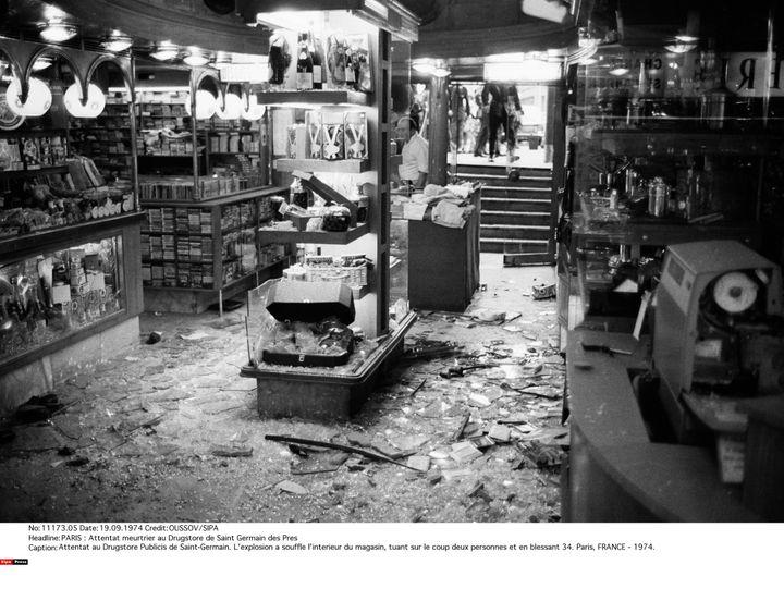 L'intérieur duDrugstore Publicis de Saint-Germain-des-Prés, à Paris, le 15 septembre 1974. (OUSSOV / SIPA)