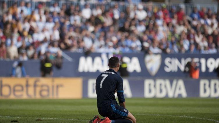 Cristiano Ronaldo à terre (JORGE GUERRERO / AFP)