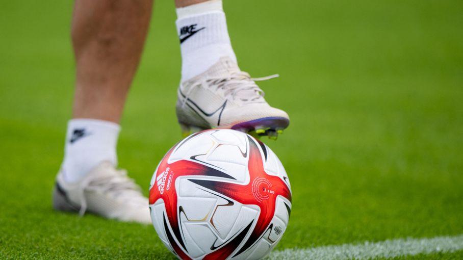 Pass sanitaire : le certificat sera obligatoire pour la reprise du football amateur, annonce la Fédération française