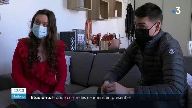 Éducation : des étudiants refusent les examens en présentiel et portent plainte contre deux ministres