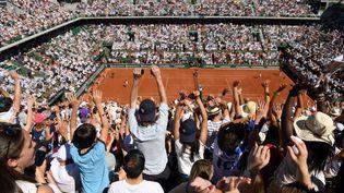 Le Court central de Roland-Garros lors de la finale femmes, le 10 juin 2017 à Paris. (PHILIPPE MILLEREAU / DPPI MEDIA)