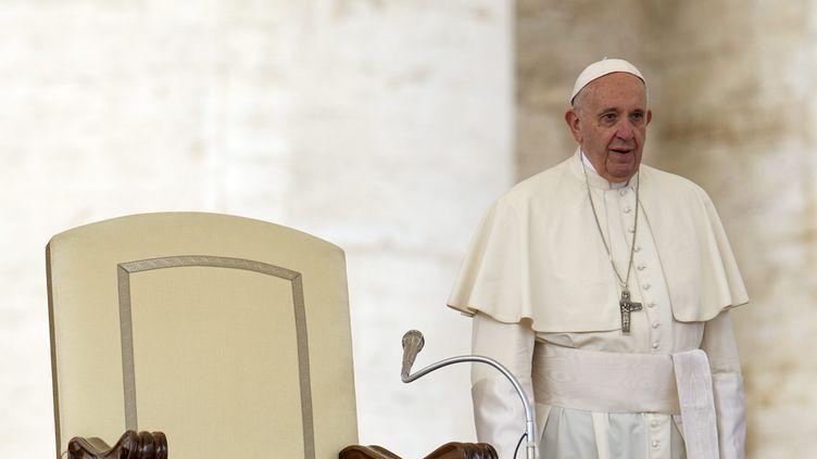 Le pape François, place Saint-Pierre, au Vatican, le 11 avril 2018. (MAXPPP)