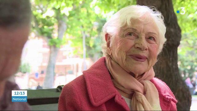 Nice : une professeure de yoga centenaire