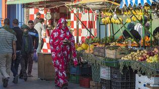Le marché de Laayoune, chef-lieu du Sahara occidental sous contrôle marocain, le 3 novembre 2018. (FADEL SENNA / AFP)