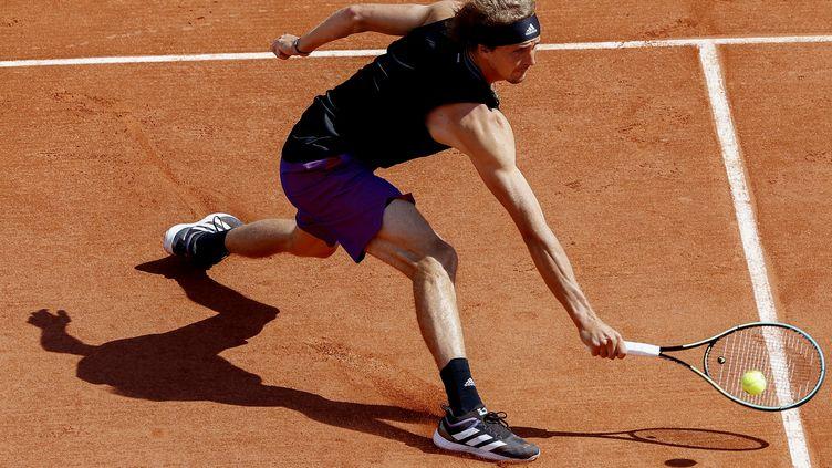 L'Allemand Alexander Zverev s'est qualifié pour les huitièmes de finale à Roland-Garros, le 4 juin 2021. (NICOL KNIGHTMAN / NICOL KNIGHTMAN / AFP)