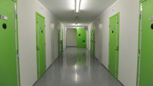 Quartier dédié aux jihadistes dans la prison de de Lille-Annoeullin, le 11 octobre 2015. (SARAH ALCALAY/SIPA)
