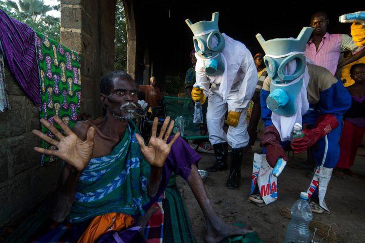 """Bakary Emmanuel Daou, """"Le Temps Ebola"""", 2014  (Bakary Emmanuel Daou)"""