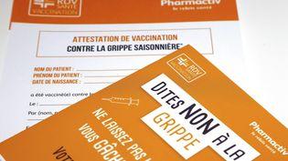 Campagne pour la vaccination saisonnière contre la grippe. (LUDOVIC MARIN / AFP)