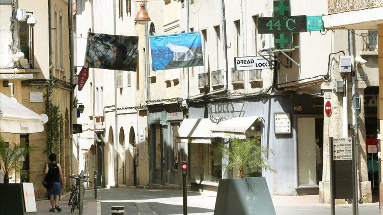 La canicule dans le centre de Carpentras, dans le Vaucluse. (SOUILLARD BRUNO / MAXPPP)