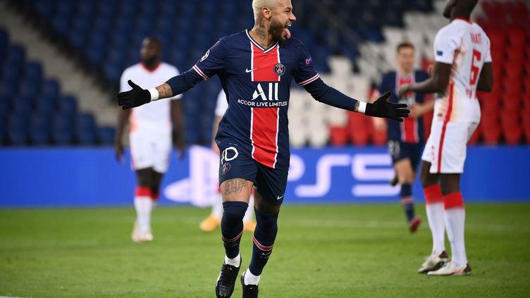 Neymar a inscrit son premier but en Ligue des champions cette saison (FRANCK FIFE / AFP)