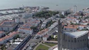 Vue aérienne de la ville de Royan. (CAPTURE D'ÉCRAN FRANCE 3)