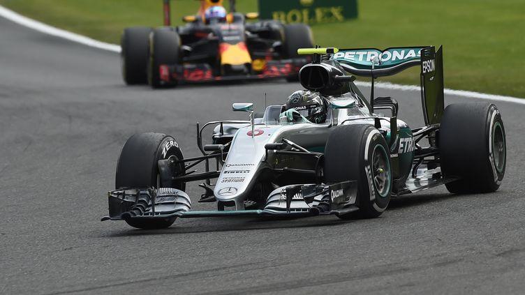 Nico Rosberg en patron sur le Grand Prix de Belgique (JOHN THYS / AFP)