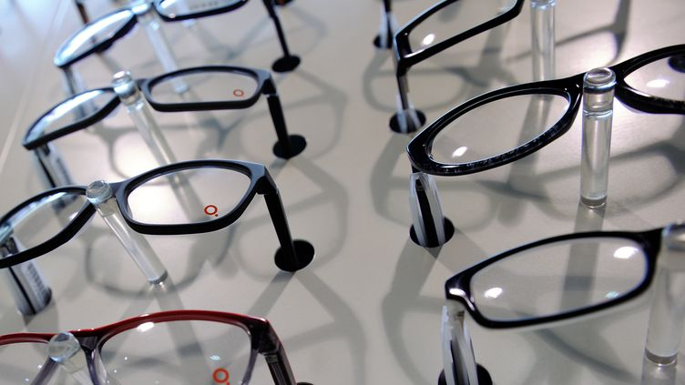 Montures de lunettes le 16 Décembre 2013 à Wattignies chez un opticien (PHILIPPE HUGUEN / AFP)
