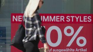 Allemagne : des soldes non réglementées et toute l'année (CAPTURE ECRAN FRANCE 2)
