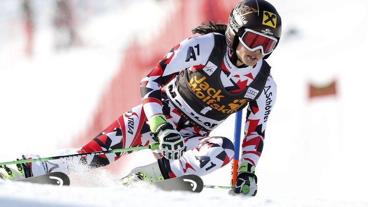 Anna Fenninger a profité des sorties de Vonn et Maze pour s'imposer à Maribor (ANTONIO BAT / MAXPPP)