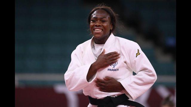Mission accomplie pour Clarisse Agbegnenou : enfin une médaille d'or aux Jeux Olympiques ! Une championne en quête de revanche depuis Rio, elle ne pensait qu'à ce moment… À 28 ans, elle rentre en beauté dans l'histoire.