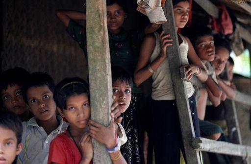 Enfants rohingyas dans l'Etat du Rakhine (nord de la Birmanie) le 27 octobre 2016
