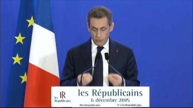 """Régionales : Sarkozy appelle ses candidats à """"refuser toute fusion et tout retrait"""""""